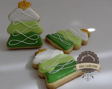 Arboles de navidad de tres colores