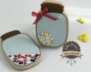 Mason Jars flores y corazones