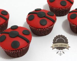 Cupcakes ladybug