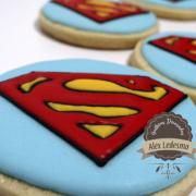 Galleta superman en royal icing para super héroes